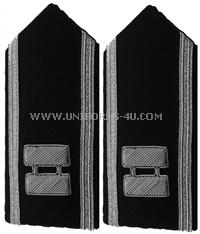 These shoulder boards are for the rank of Captain(Female).These are worn with the Mess Dress Uniform.
